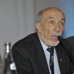 Hubert Chazeau mène les débats