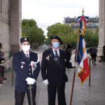 Présentation du drapeau de la Flamme et du Glaive